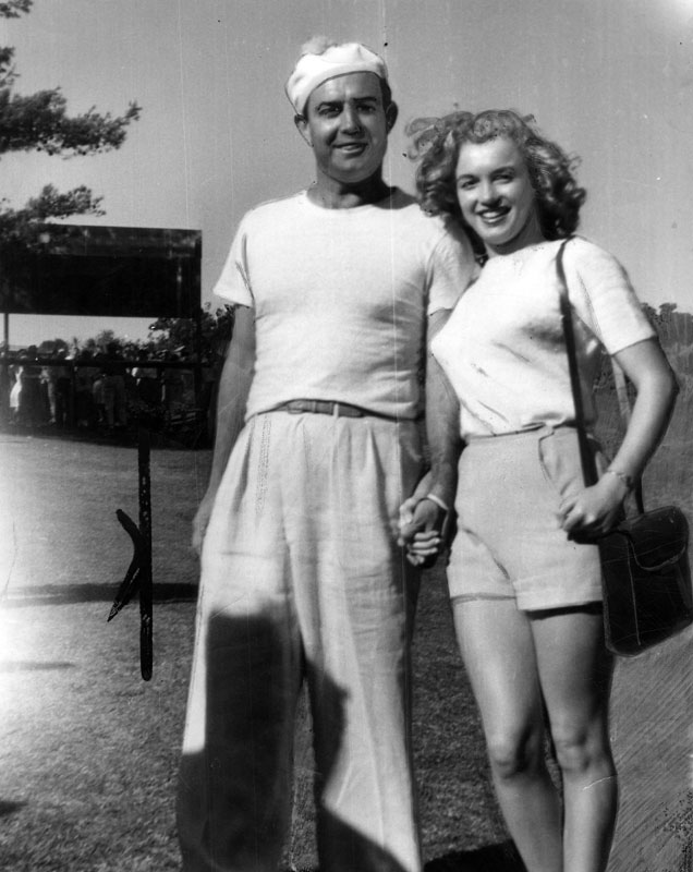 marilyn monroe at golf tournament
