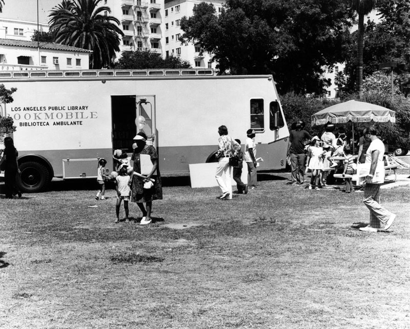 macarthur park bookmobile
