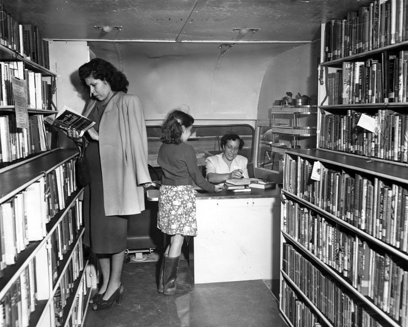 san fernando valley bookmobile
