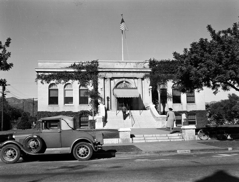 glendale california carnegie library