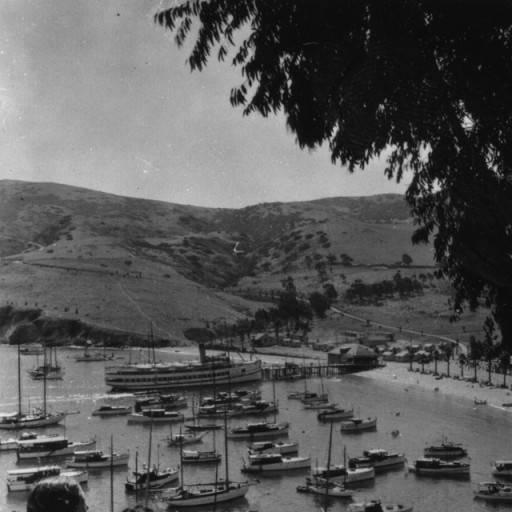 two harbors on catalina harbor